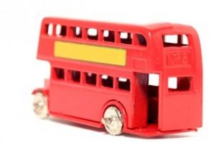 אוטובוס צעצוע מפעם
