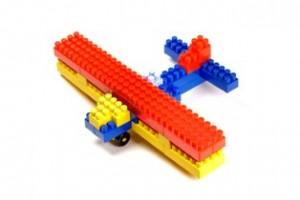מטוס צעצוע להרכבה