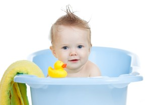 ברווז צעצוע באמבטיה